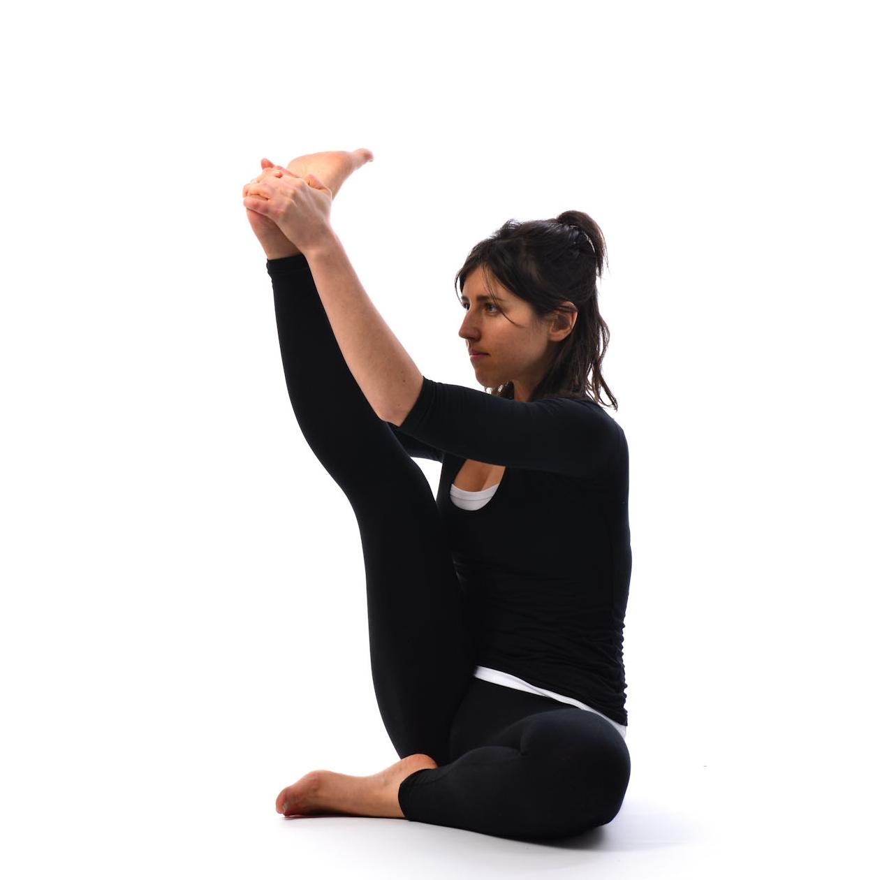 One leg raised to head pose – Satya Live Yoga – Southern Tablelands