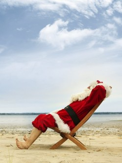 santa_claus_relaxing-e1323754742164