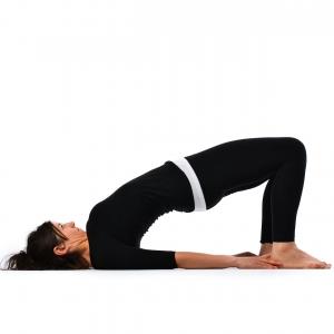 Shoulder pose - Kandharasana